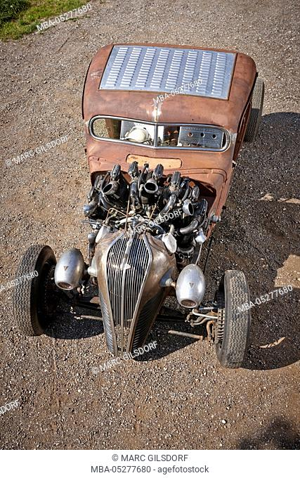 Hot-Rod, Rat-Rod, self-built with airplane radial engine
