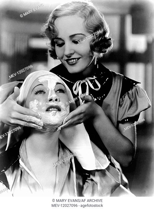 Alice Brady & Madge Evans Characters: Mrs. Henrietta Sherwood, Letty Lawson Film: Beauty For Sale (USA 1933) Director: Richard Boleslawski 01 September 1933