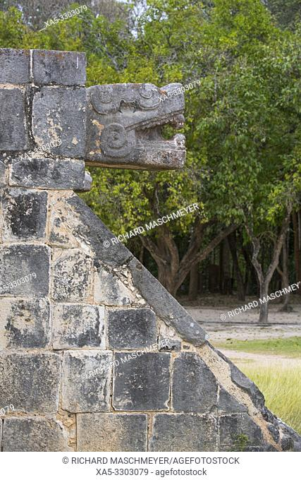Serpent Head, Venus Platform, Chichen Itza, UNESCO World Heritage Site, Yucatan, Mexico