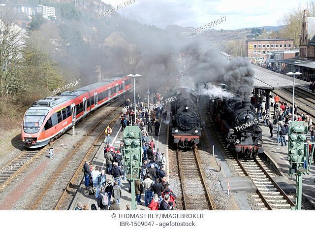 Dampfspektakel 2010 steam train show at Gerolstein station, passenger train engine 2455 Posen, centre, freight engine 58311, right