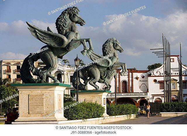 Muelle de los Pegasos. Work by Hector Lombana. Old town. Cartagena de Indias, Colombia