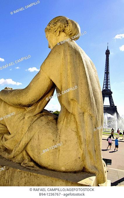 Eiffel Tower and sculpture of Flore by Louis Lejeune (1937), Trocadero, Paris, France