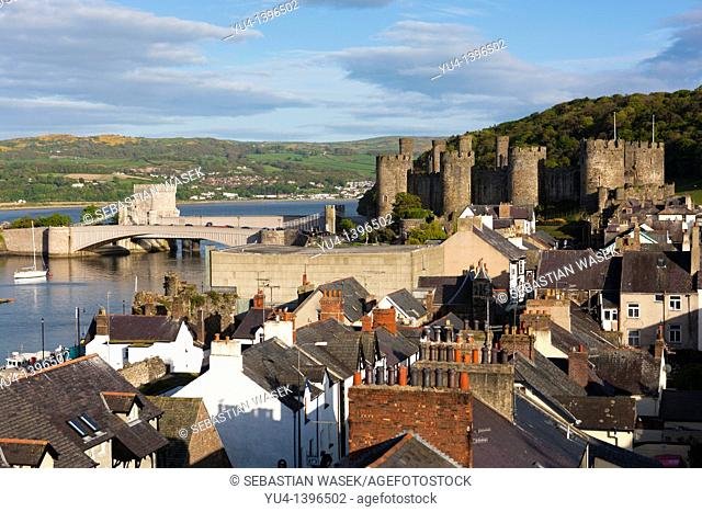 View towards Conwy Castle UNESCO World Heritage Site and the River Conwy from the town walls  It was built between 1283 and 1289 during King Edward I's second...