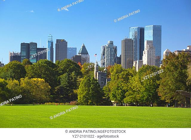 Great Lawn with the Central Park South Skyline, New York, USA