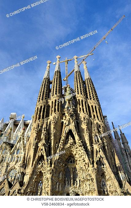 Spain, Catalonia, Barcelona, World Heritage Site, Basilica of the Sagrada Familia, Nativity façade