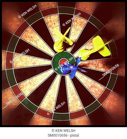 Children's magnetic dart board