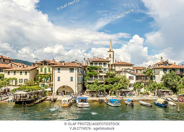 Waterfront of Isola dei Pescatori at Lago Maggiore, seen from the lakeside, Piemont, Italy