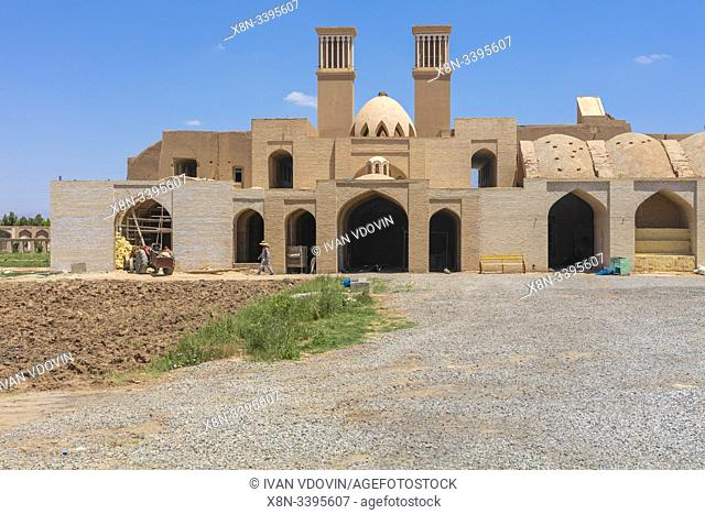 Construction of a house with wind towers, Yazd, Yazd Province, Iran