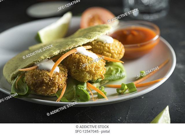 Pita with falafel and salad