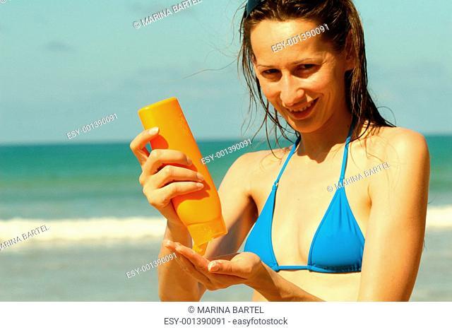 Creaming against UV-light