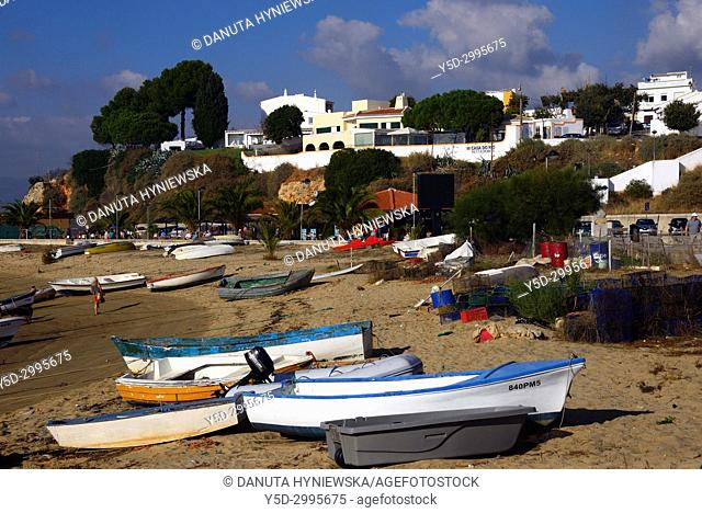 Fishing boats, Portuguese fishing village of Alvor, between Lagos and Portimao, Algarve, portugal, Europe
