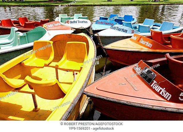 Pleasure boats, New Delhi, India