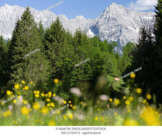 Karwendel mountain range near Mittenwald, Lake Wagenbruch See (Geroldsee) during spring. Europe, central europe, germany, bavaria