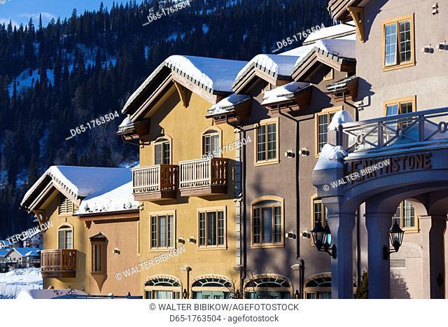 Canada, British Columbia, Sun Peaks, Sun Peaks Resort, ski lodges, winter