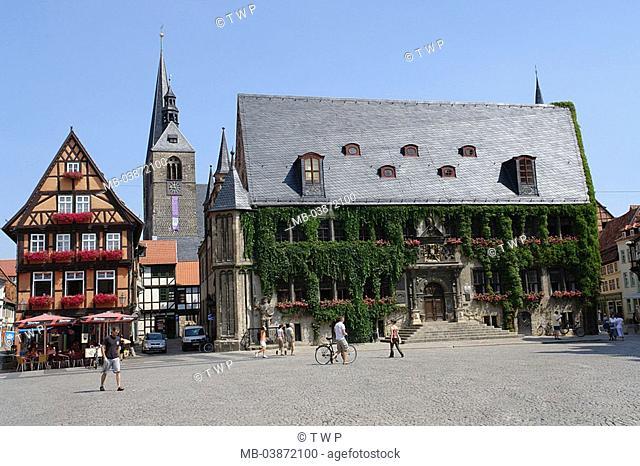 Germany, Saxony-Anhalt, Quedlinburg, market place, town hall, market-church St  Benediktin, town hall-buildings, construction, style, renaissance