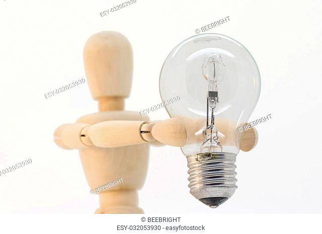 Wooden gut presenting a light bulb that is switched off