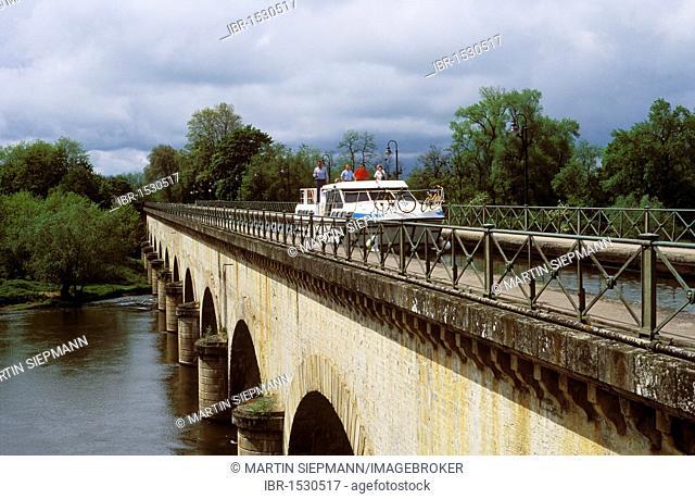 Canal bridge of Digoin, Saône-et-Loire, Burgundy, France, Europe