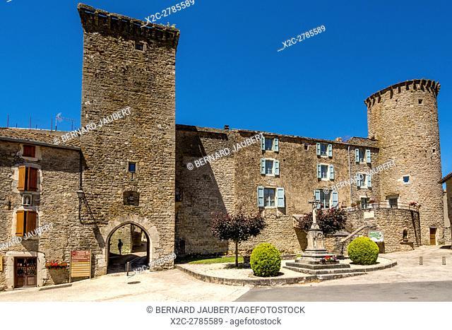 The village of Sainte Eulalie de Cernon, Unesco World Heritage, Grands Causses Natural Regional Park. Aveyron. France. Europe
