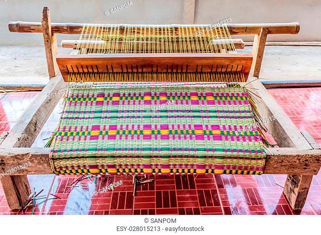 mat weaving in Thailand Stockphoto