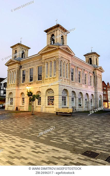 England,Greater London,Kingston Upon Thames-The quirky Italian styled old town hall (Market House)