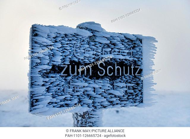 Winter on the Brocken in the Harz mountains, Germany, near city of Schierke, 14. November 2019. Photo: Frank May   usage worldwide