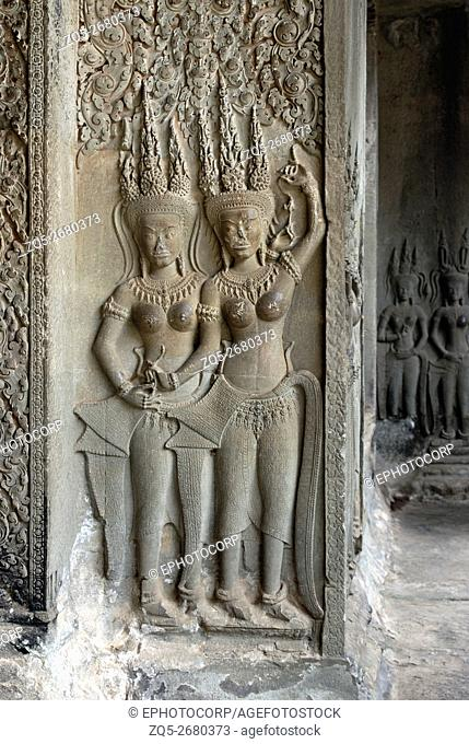 Cambodia, Angkor Wat 12th century A. D. A pair of dancing apsaras on the Doorway