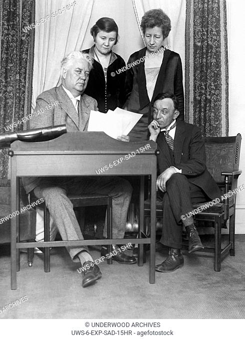 New York, New York: February 5, 1926 Henry Hummel of Maine, (R) lays claim as the son of the late millionaire lawyer Abe Hummel to his fortune