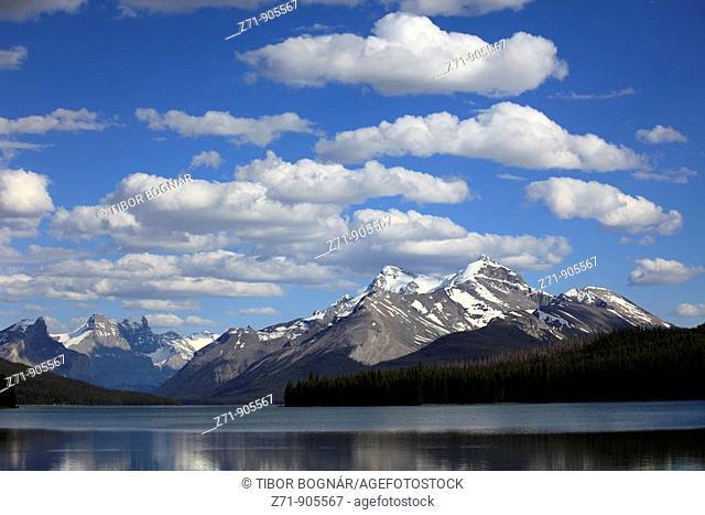 Canada, Alberta, Jasper National Park, Maligne Lake, Rocky Mountains