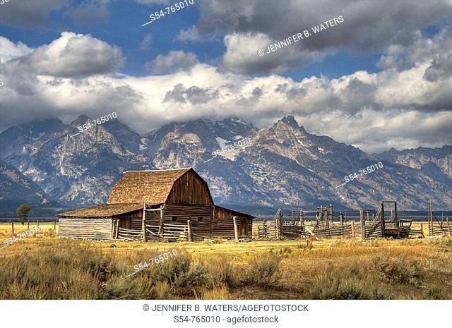 Moulton Barn, with the Grand Teton Mountains, Jackson Hole, Wyoming, USA