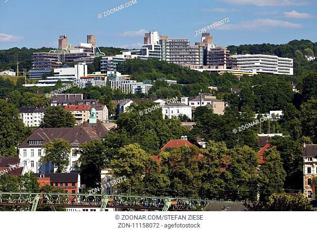 Panorama Elberfeld mit der Bergischen Universitaet, Wuppertal, Bergisches Land, Nordrhein-Westfalen, Deutschland, Europa