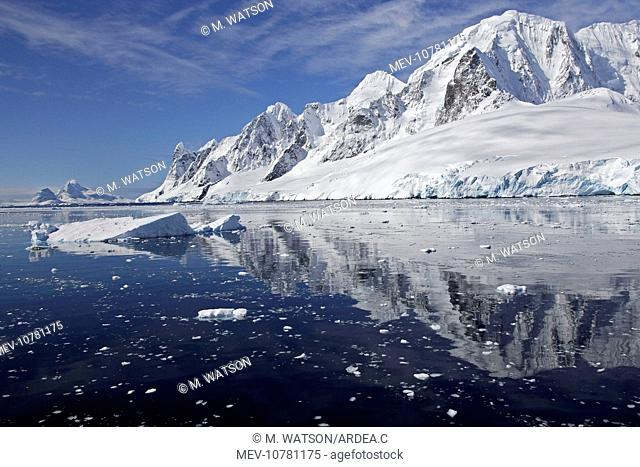 Lemaire channel - Antarctic Pennisular