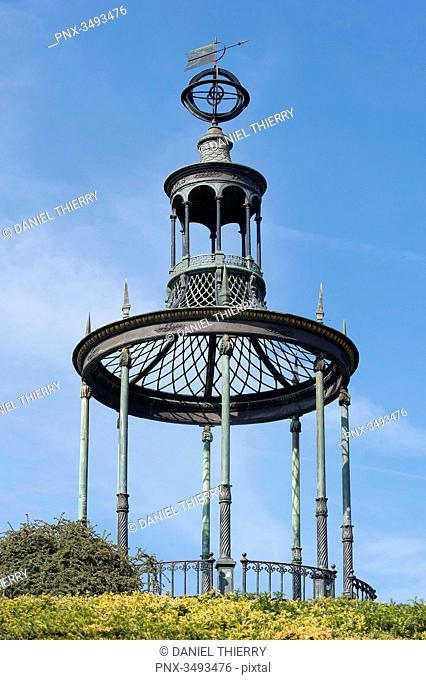 France, Paris, 5th district. Jardin des plantes The metallic kiosk (said Buffon's Gazebo) at the top of the labyrinth