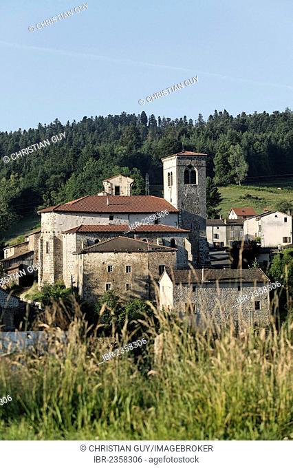 Village of Auzelles, Parc Naturel Regional du Livradois Forez, Natural Regional Park of Livradois Forez, Puy de Dome, Auvergne, France, Europe