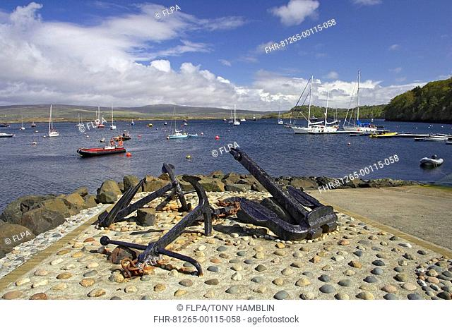 Anchors and yachts at waterfront, Tobermory, Isle of Mull, Inner Hebrides, Scotland