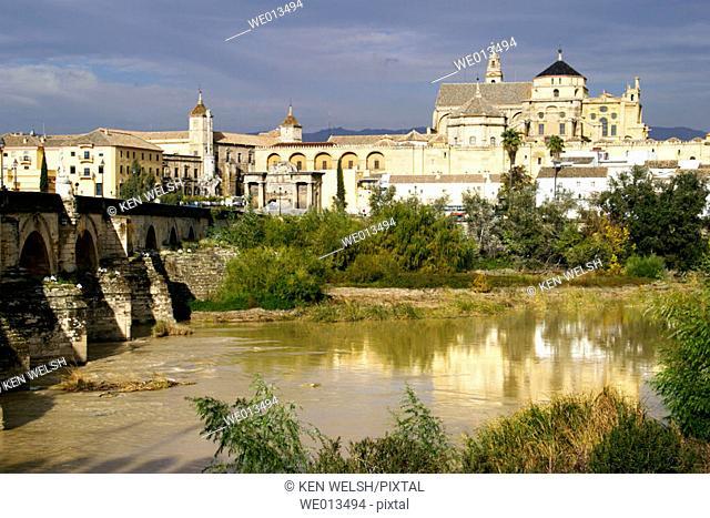 Great Mosque seen across Guadalquivir river Roman Bridge. Cordoba. Andalusia, Spain