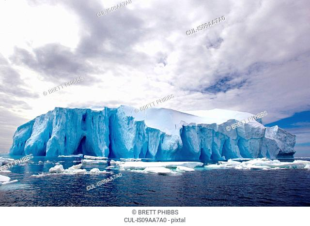 Iceberg, ice floe in the Southern Ocean, 180 miles north of East Antarctica, Antarctica