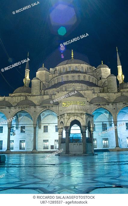 Turkey, Istanbul, Sultan Ahmet Camii, Blue Mosque, Illuminated, Night