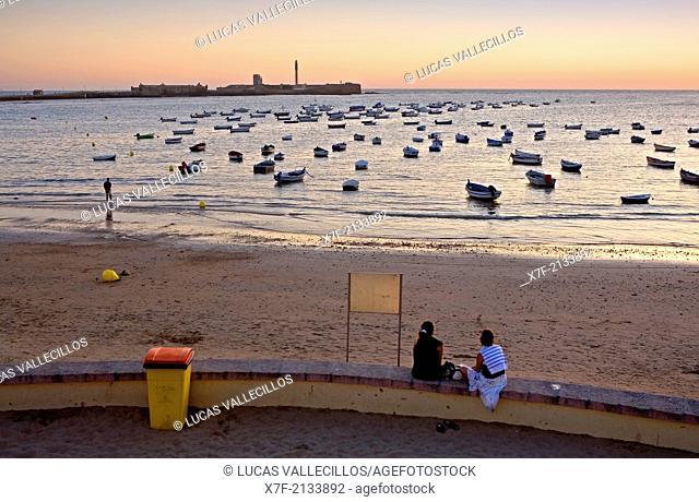 Caleta beach. In background San Sebastian's castle.Cádiz, Andalusia, Spain