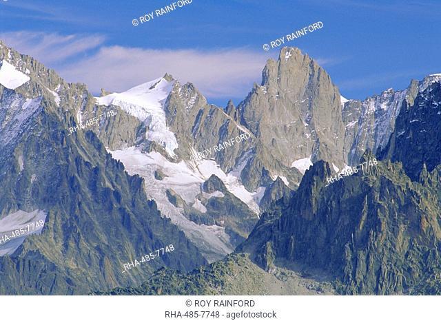 Mont Blanc range near Chamonix, Haute-Savoie, French Alps, France, Europe