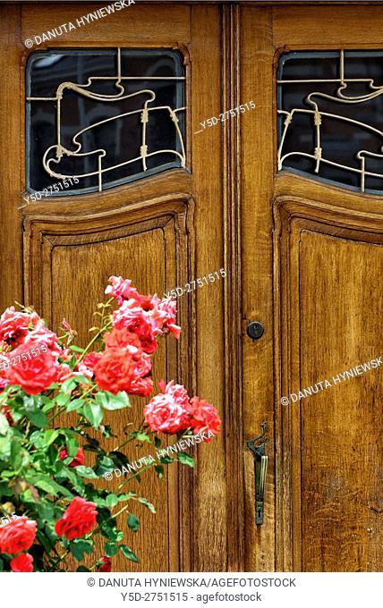 Entrance door to building at number 4 Avenue Palmerston, Hotel van Eetvelde is a town house designed in 1895 by Victor Horta for Edmond van Eetvelde