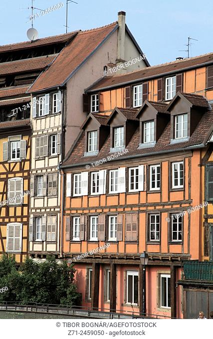 France, Alsace, Strasbourg, Petite France, street scene, typical architecture