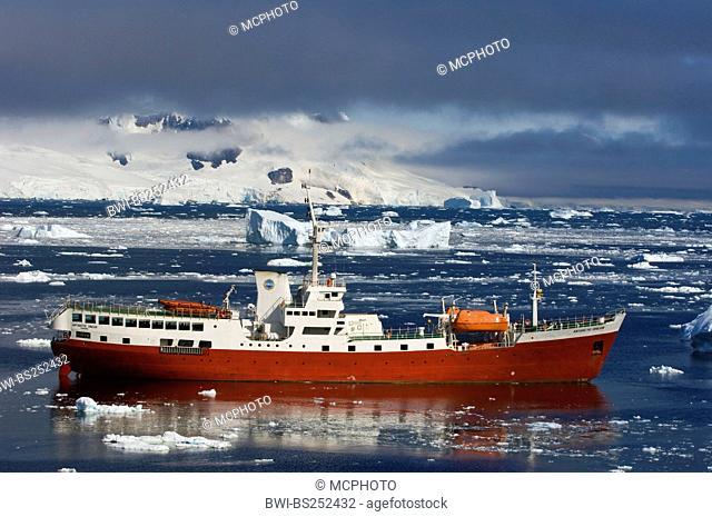 vessel Antarctic Dream in drift ice, Antarctica, Neko Cove Harbor