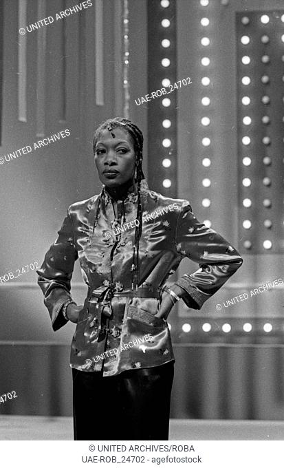 """Silvester Tanzparty 1977/78, Musikshow, Deutschland 1977, Regie: Dieter Wendrich, Stargast: die Gruppe """"""""Boney M."""""""""""""""