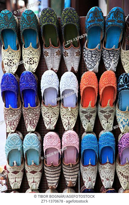 United Arab Emirates, Dubai, Bur Dubai Souk, shoe shop