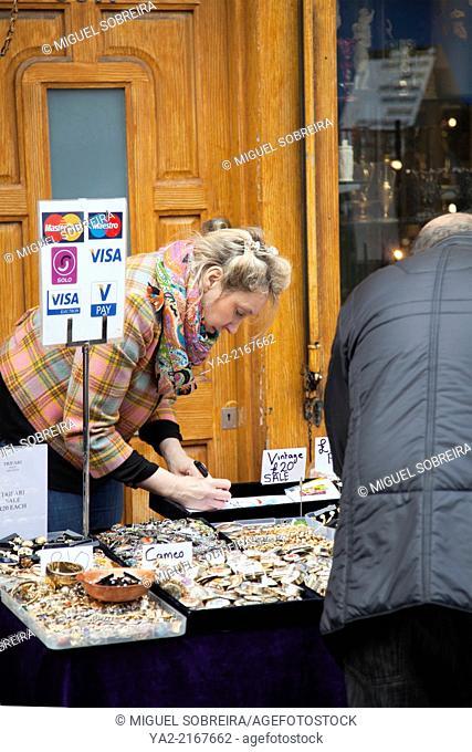 Portobello Rd Market Vendor Selling Vintage Jewelery in Nottinghill Gate - London W11 - UK