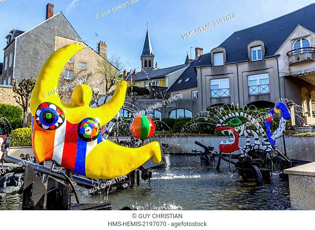 France, Nievre, Chateau Chinon, town hall square, fountain by Jean Tinguely and Niki de St Phalle commissioned by François Mitterrand