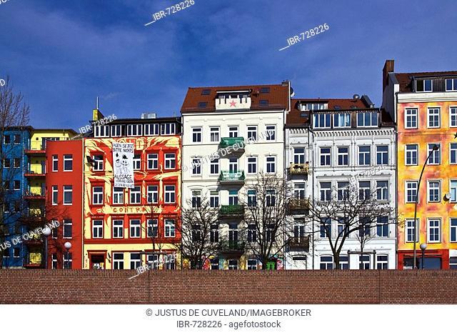 Colourful building facades, St. Pauli district, Hamburg, Germany, Europe