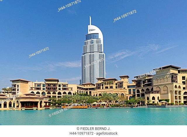 Asia, United Arab Emirates, UAE, Dubai, Sheikh Mohammed Bin Rashid boulevard, Burj The Address, Souk Al Bahar, gardens of the Burj Khalifa, Burj Khalifa lake