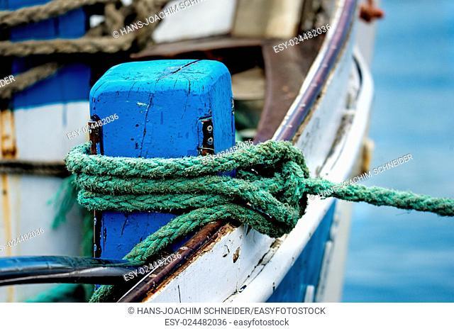 Mooring line of a trawler