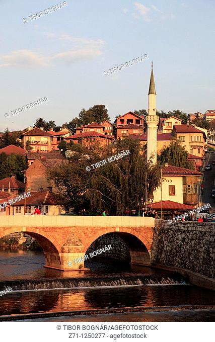 Bosnia and Herzegovina, Sarajevo, Seher Cehaja's Bridge, mosque, Miljacka River